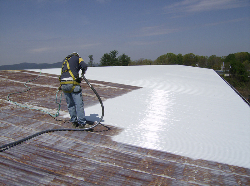 Cách sử dụng sơn chống nóng mái tôn hiệu quả - Sonchongnongaz.vn